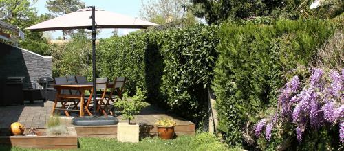 soderbat-terrasse-bois-table-baebecue
